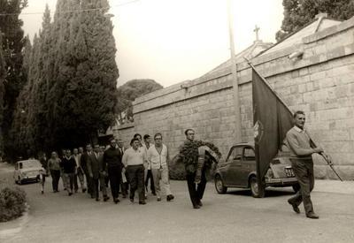 53° anniversario dell'assassinio di Giuseppe Di Vagno. Corteo commemorativo alla tomba nel cimitero di Conversano