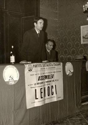 """Assemblea socialista sul tema """"Le riforme e l'impegno del Psi"""" (relatore Vito Vittorio Lenoci)"""
